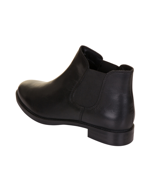 Leona black leather %282%29