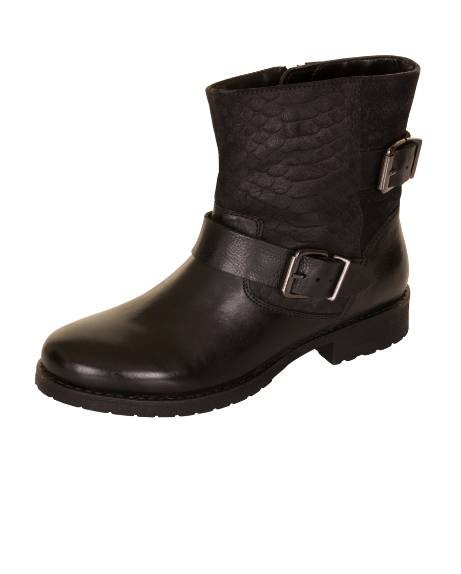Laurie black leather %281%29