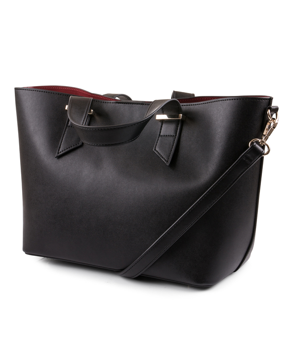Uma black leather %282%29
